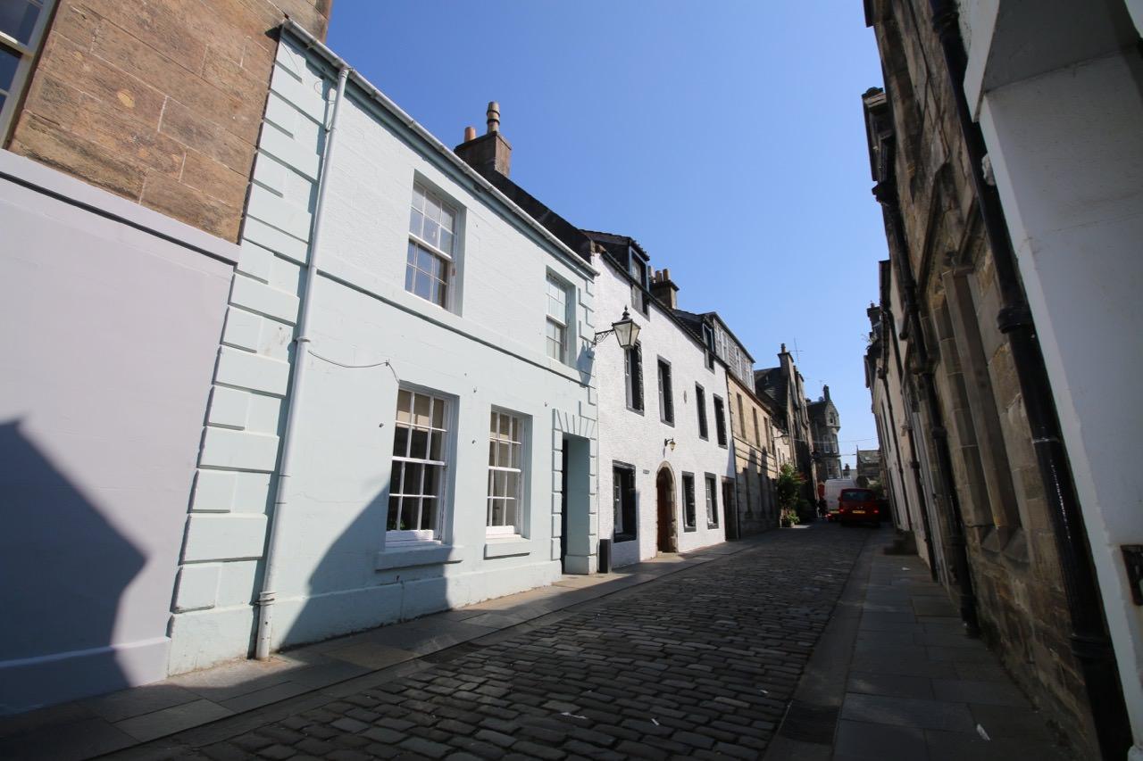 15 College Street