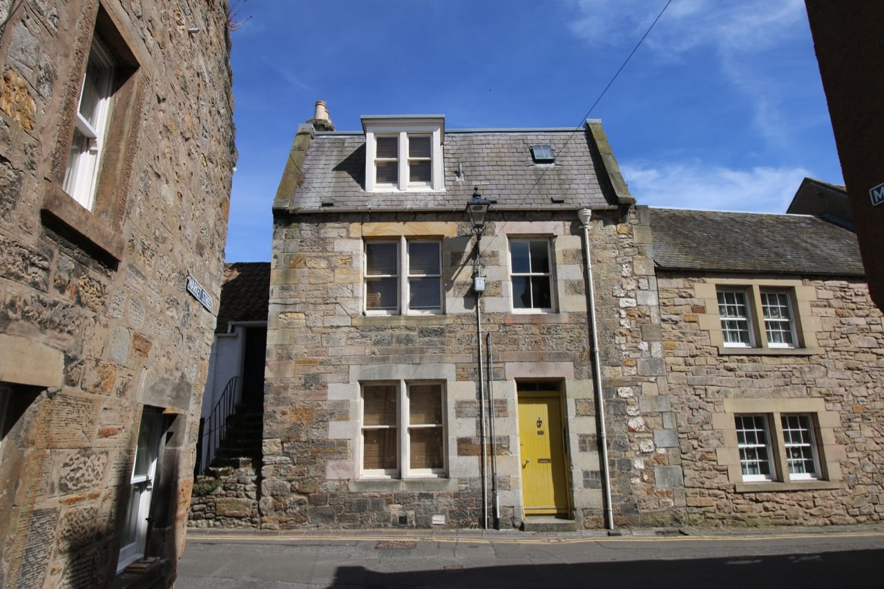 9 South Castle Street